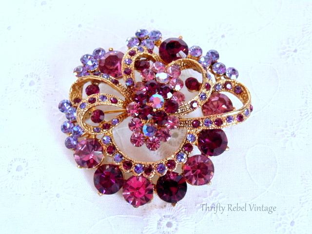 pink and purple rhinestone brooch / thriftyrebelvintage.com