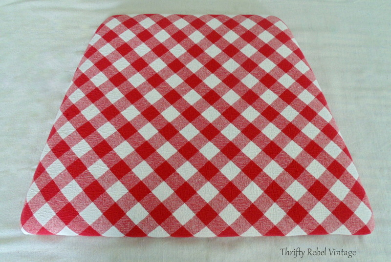 how to recover a kitchen chair seat with fabric