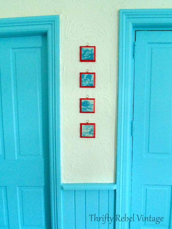 wooden picture frames makeover with permanent red marker
