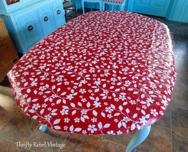 kitchen table makeover with vinyl tablecloth