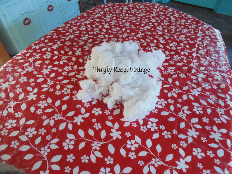 deflannelling vinyl tablecloth for kitchen table makeover