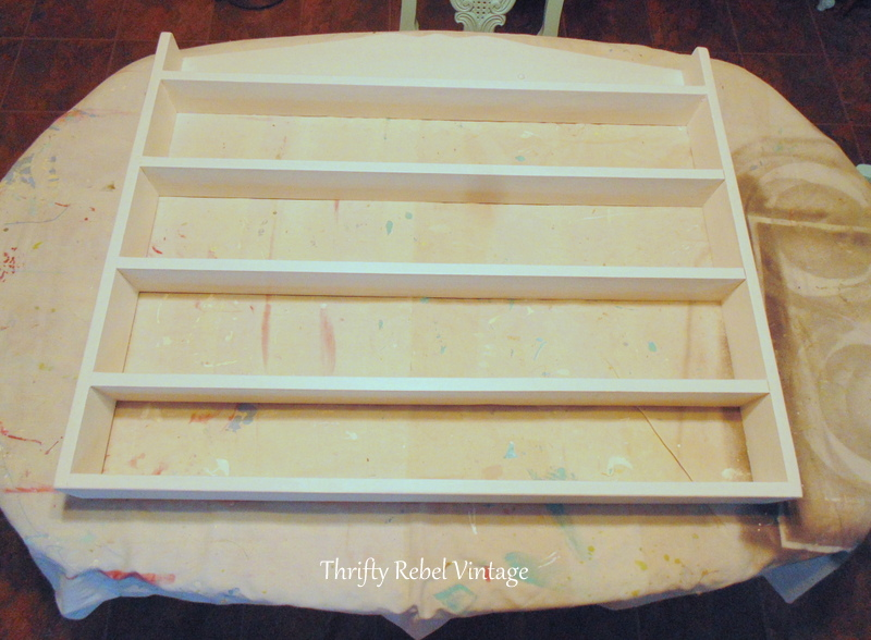painted pine shelf makeover