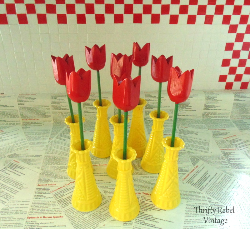 how to spray paint glass vases and wooden tulips