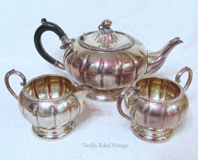 Wm Rogers Silver plate teapot set