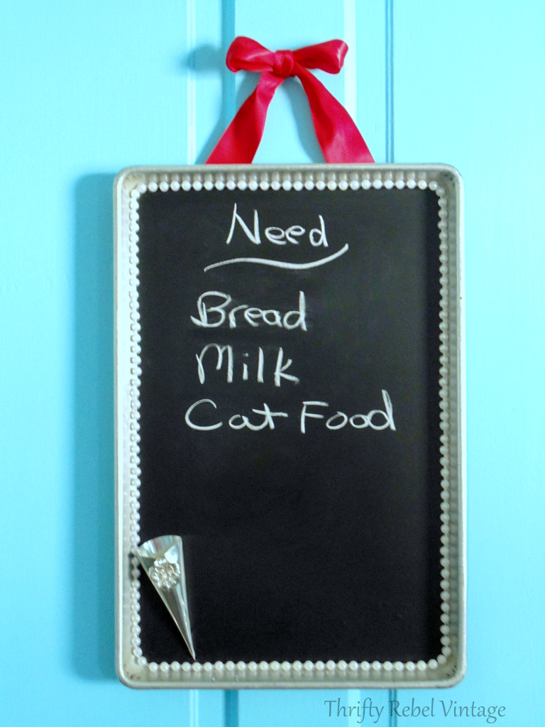 Quick and Easy Vintage Cookie Sheet Chalkboard