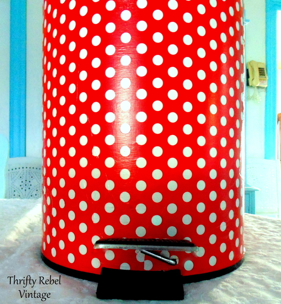 back view of can for how to decoupage a garbage can