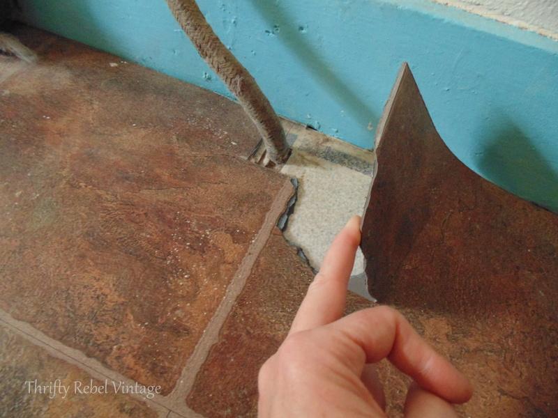 removing vinyl plank floating floor
