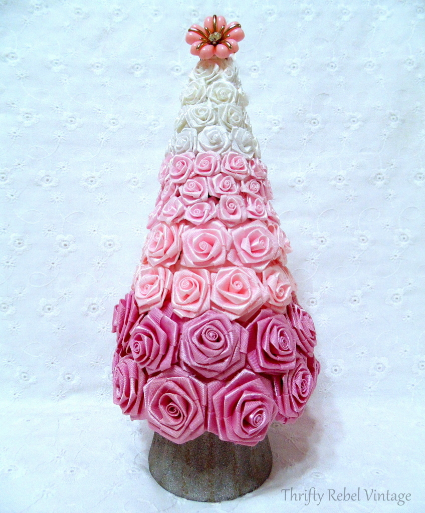 repurposed pink and white miniature roses diy Christmas tree