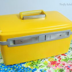 Quick & Easy Vintage Cosmetic Case Makeover