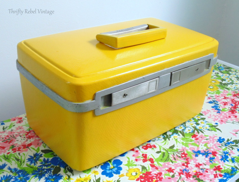 vintage train case makeover by spray painting front view after 1a