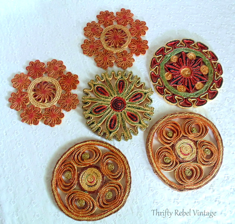 6 vintage woven hot pads or trivets