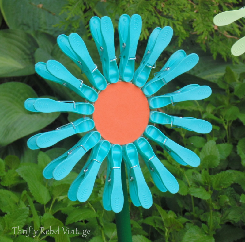 diy blue dollar store plastic clothes pin flower