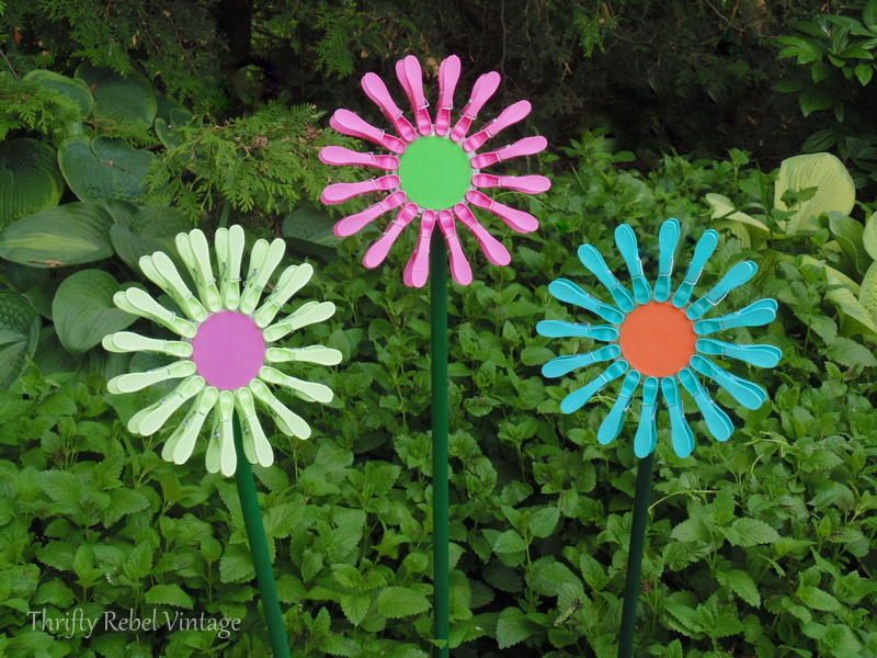repurposed dollar store clothes pins flowers