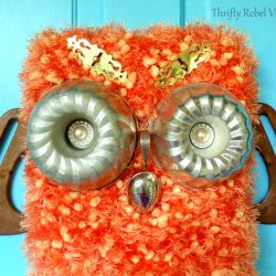 DIY Repurposed Owl Fall Door Decoration
