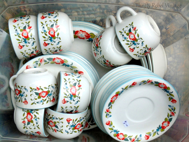 Crown Dynasty Dinnerware set found at thrift store