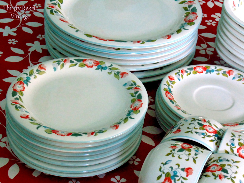 Crown Dynasty Dinnerware with floral pattern