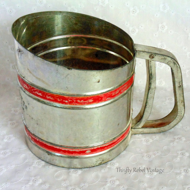 vintage metal power sifter flower sifter 3