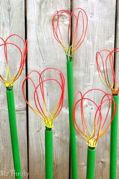 How to make garden diy tulips out of repurposed wire whisks
