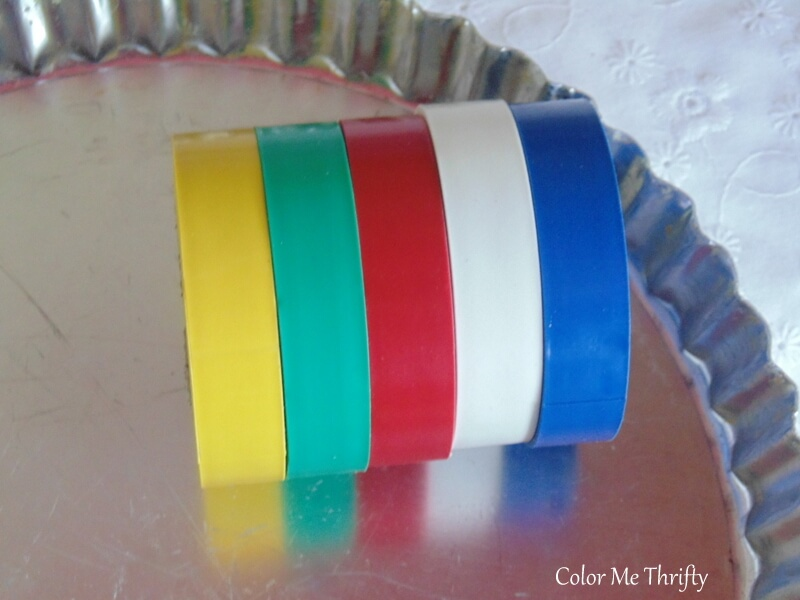 faux mosaic art using electrical tape and quiche pan