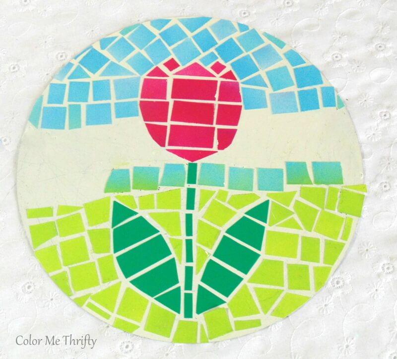 faux mosaic tulip art on cream spray painted quiche pan