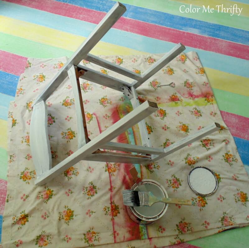 painting vintage wooden chair white