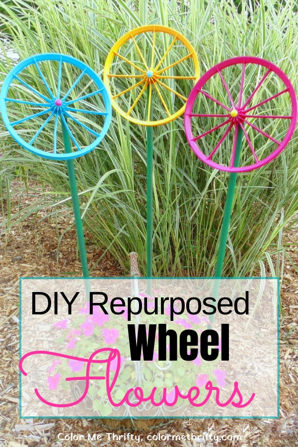 Quick and Easy Repurposed Wheel Flowers for the Garden
