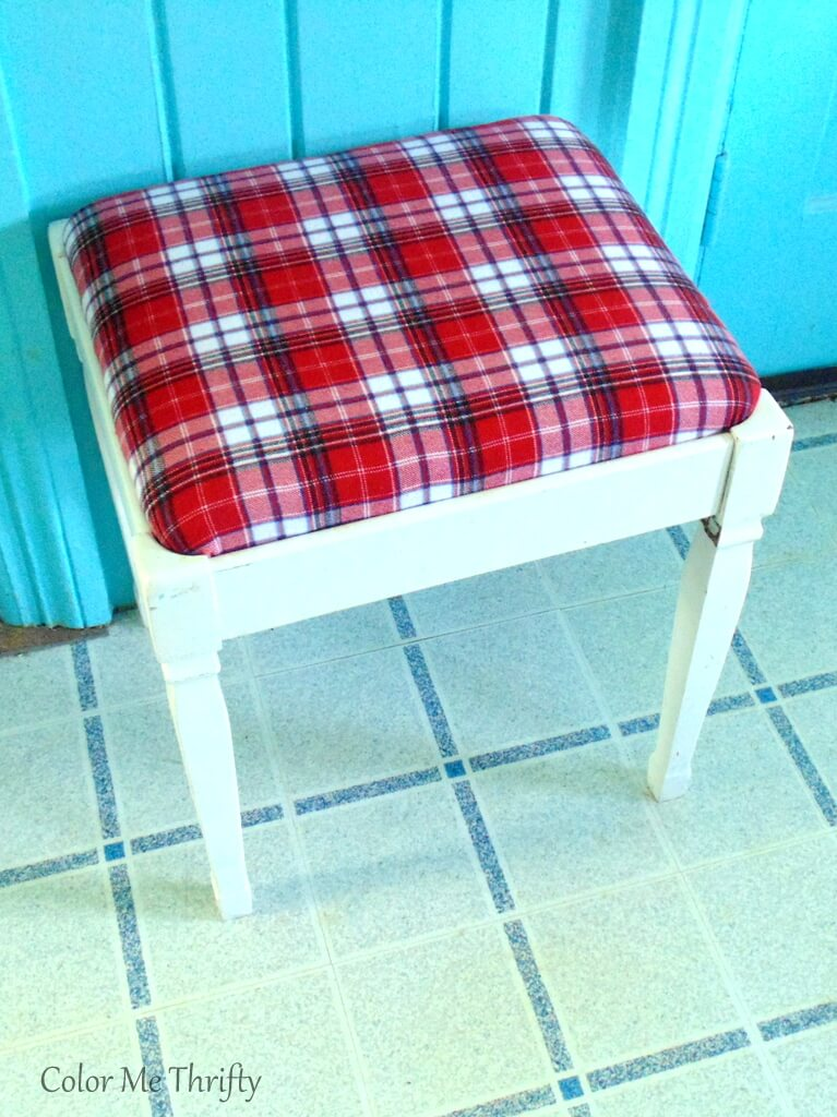 How to give a bench seat a makeover with a plaid shirt