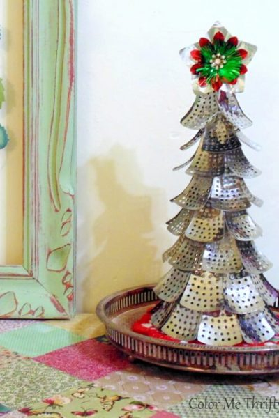 Fun & Funky DIY repurposed Christmas tree from folding metal steamer parts