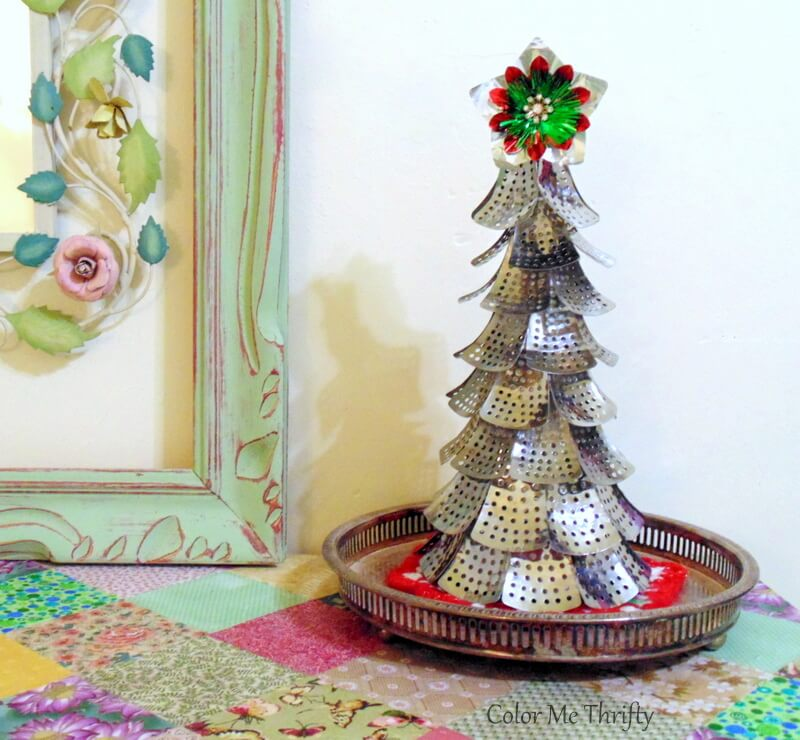 Fun & Funky DIY repurposed Christmas tree from folding metal steamer parts
