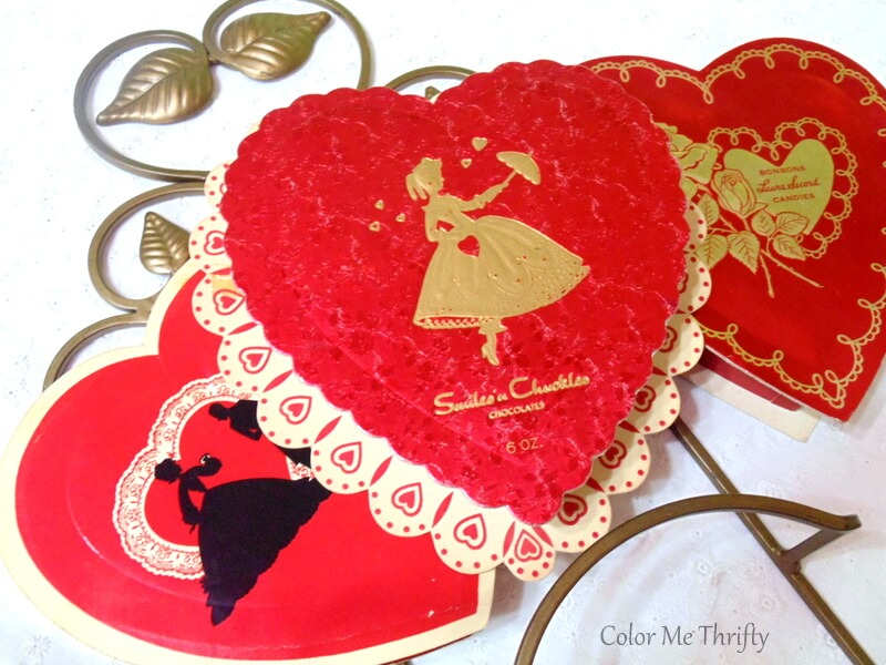 An easy way to display vintage Valentine's Day chocolate boxes