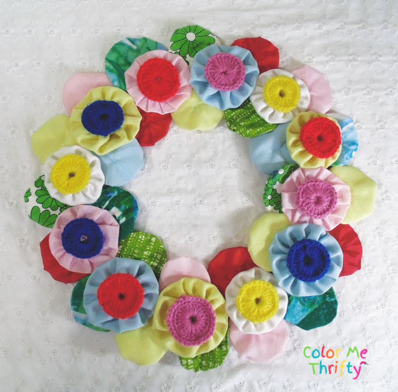 fabric and knited yoyo flowers wreath