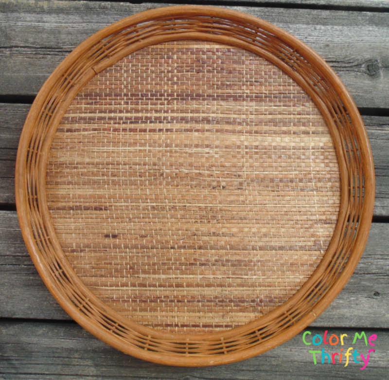 natural wicker round tray