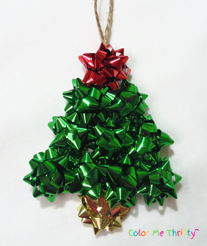 DIY repurposed green mini gift bow Christmas tree ornament