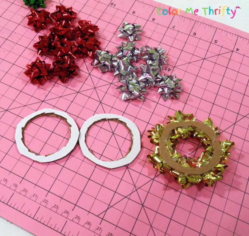using circle cardboard cutouts for mini wreath frames