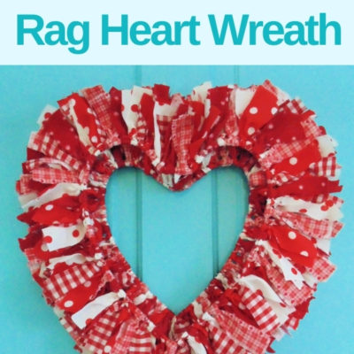 How to create an easy DIY reversible rag heart wreath for Valentine's Day