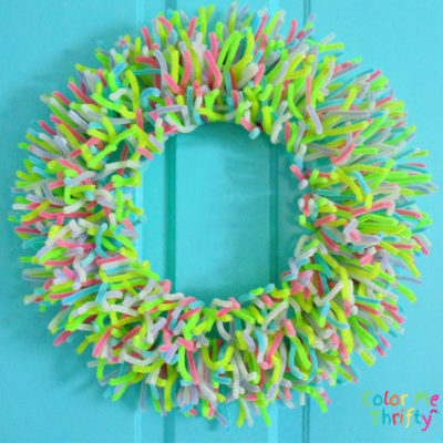 DIY Spring Wreath from Pipe Cleaners