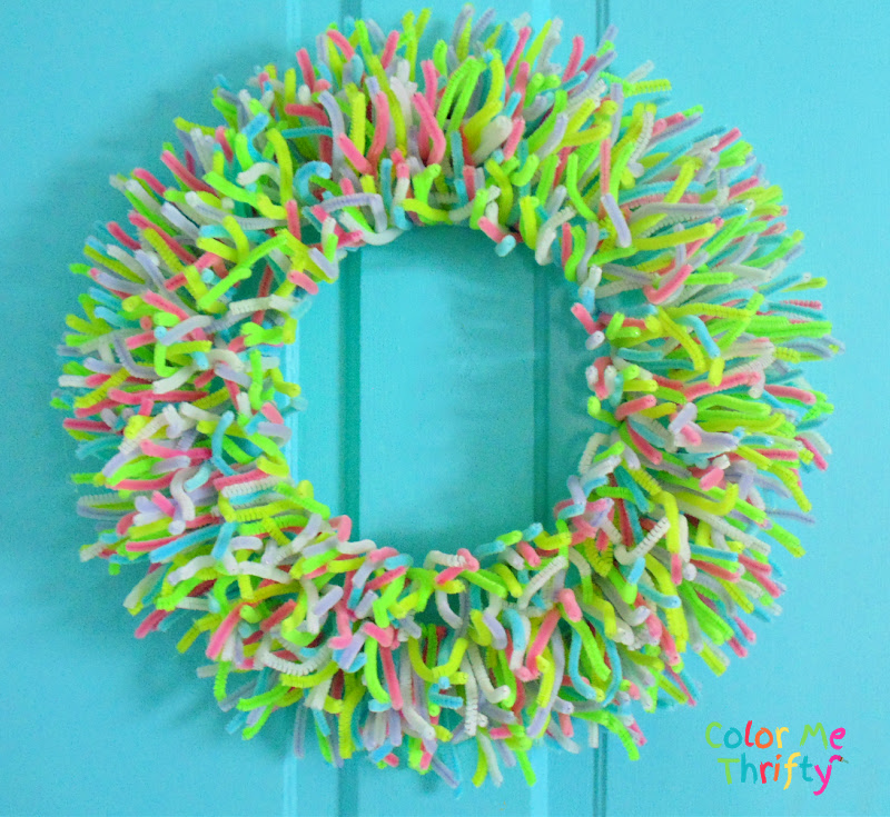 Colorful DIY Spring wreath made out of pipe cleaners