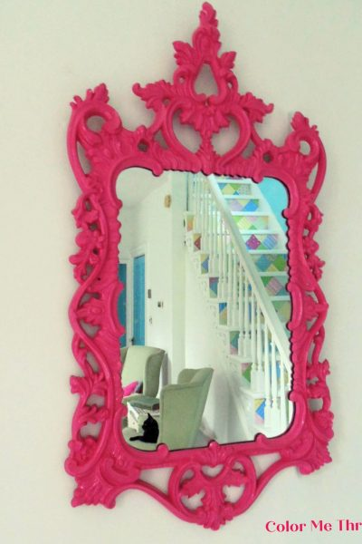 Easy vintage gold mirror makeover with spray paint